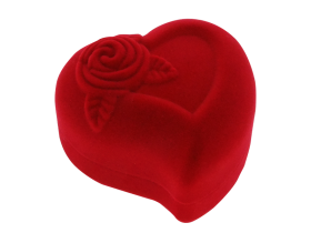 Ringbox heartshaped velvet